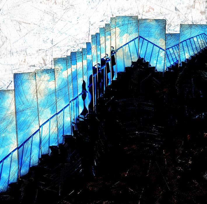 merdivenden_yukari_cikan_adam