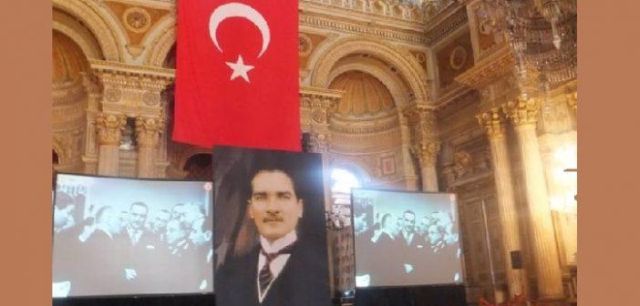 Mustafa Kemal Atatürk'ü özlemle, sevgiyle Anıyor ve Arıyoruz.